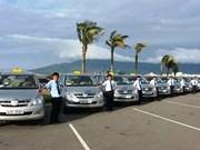 Dà Nang: les chauffeurs de taxis, «ambassadeurs touristiques» de leur ville