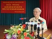 Nguyên Phu Trong rencontre les électeurs de Ba Dinh à Hanoi