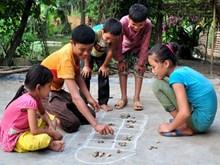 Les jeunes Hanoïens font revivre les jeux populaires