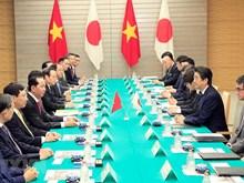 Entretien entre le président vietnamien et le Premier ministre japonais