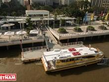 A Ho Chi Minh-Ville, des passagers conquis par les bateaux-bus
