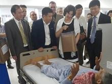 Quang Binh souhaite un soutien continu de Cuba dans les soins de santé