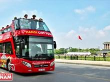 Des bus à deux étages pour les touristes à Hanoï
