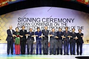 Le PM Nguyen Xuan Phuc au 31e sommet de l'ASEAN à Manille