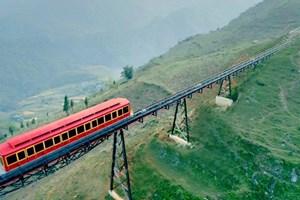 Inauguration d'une ligne ferroviaire en haute altitude à Sa Pa