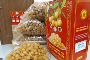 Production traditionnelle de longanes séchés à Hung Yen