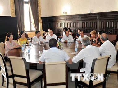 Presse : Vietnam et Cuba partagent leurs expériences professionnelles