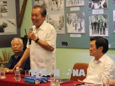 Rencontre avec d'anciens prisonniers révolutionnaires à Ho Chi Minh-Ville