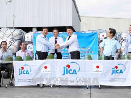 Réception de l'aide d'urgence du Japon aux localités touchées par les inondations