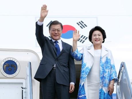 Le président sud-coréen Moon Jae-in débute sa visite au Vietnam