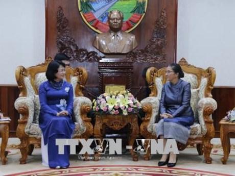 Poursuite des activités de la vice-présidente Dang Thi Ngoc Thinh au Laos