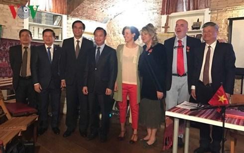 D nang renforcer la coop ration avec les r gions for Chambre de commerce vietnam