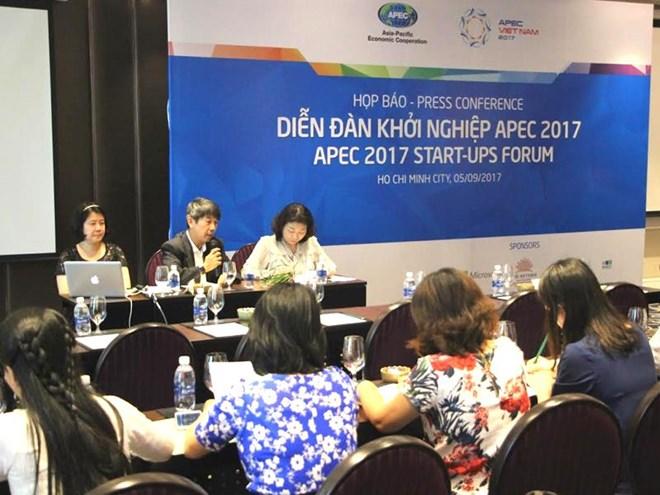 Bient t le forum des start up de l apec 2017 h chi minh for Chambre de commerce vietnam